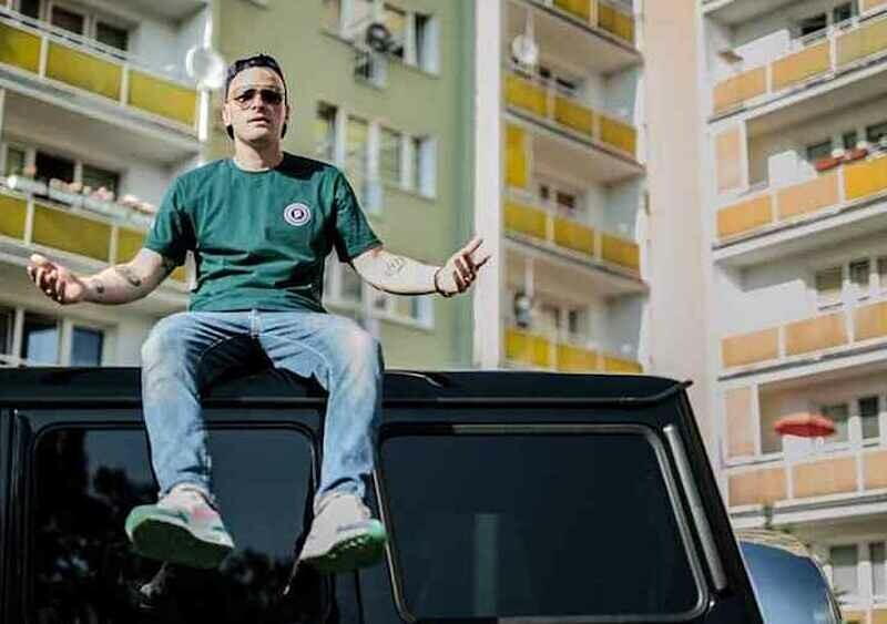 8 polskich kawałków, w których raperzy przypadkowo przeinaczali fakty i mylili słowa
