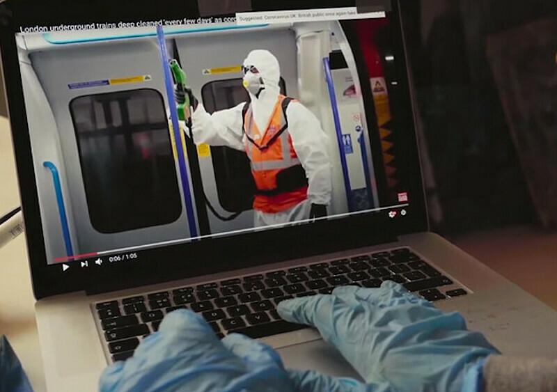 Banksy po raz pierwszy udostępnił nagranie, na którym możemy go zobaczyć. Nowe dzieło nawiązuje do koronawirusa