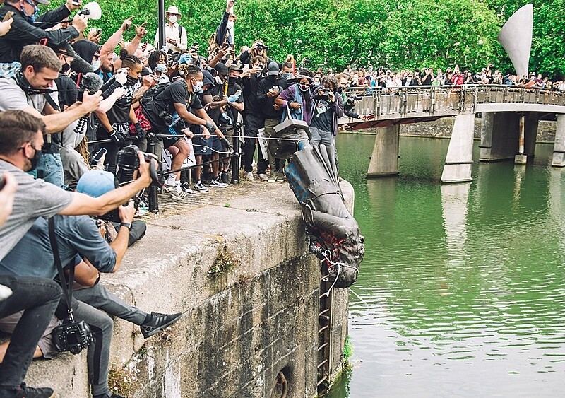 Banksy znów chce zrobić coś bardzo dziwnego
