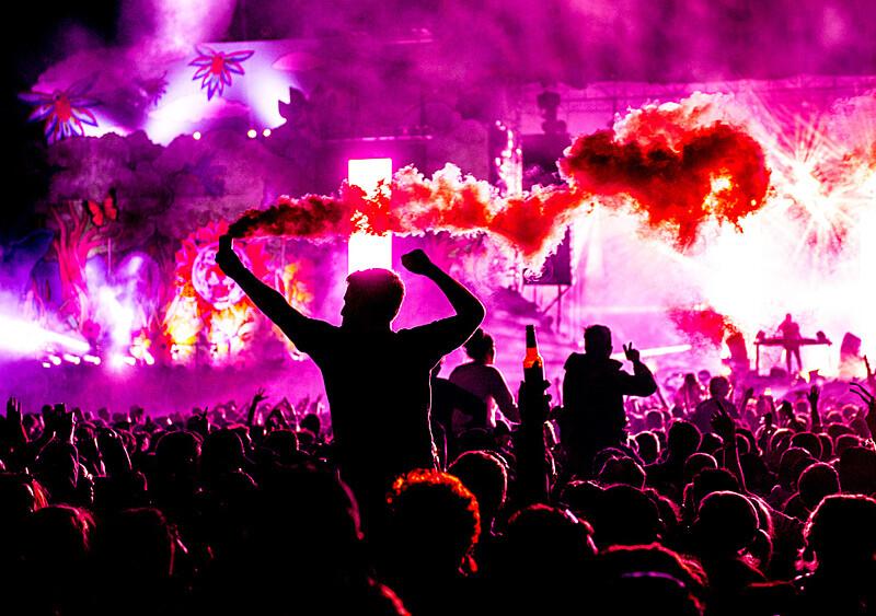 Koncerty i festiwale wrócą najwcześniej jesienią 2021 roku? Tak twierdzi ekspert WHO