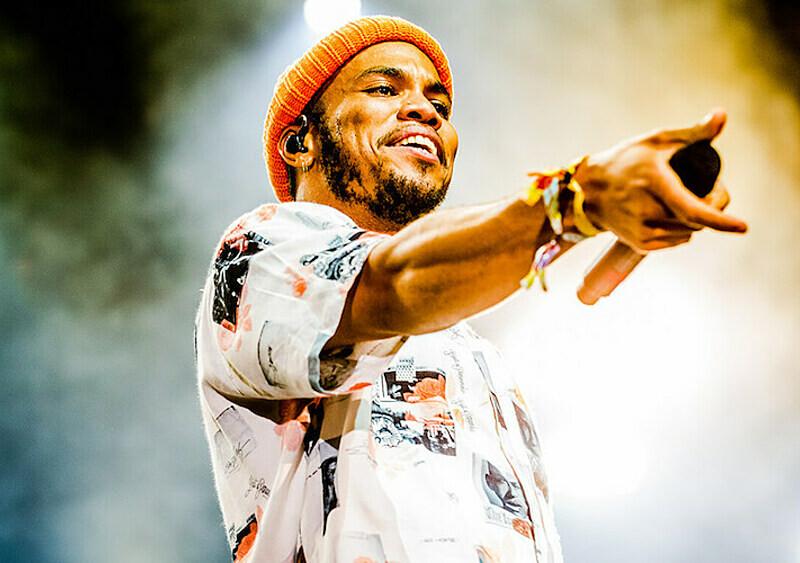 Wybieramy 5 nowych rapowych płyt, których możecie posłuchać ze znajomymi - hejterami rapu